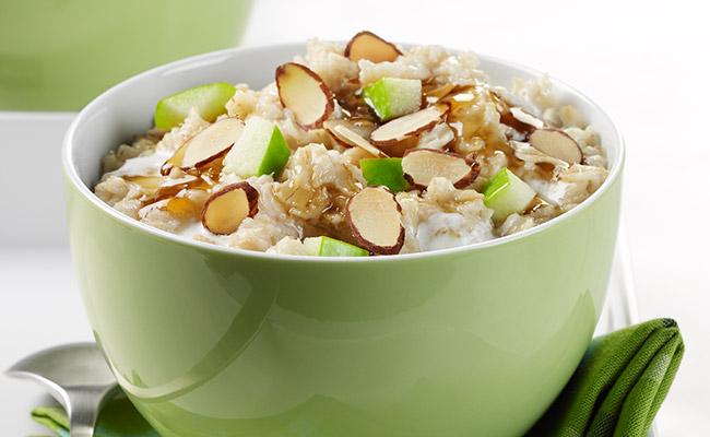 Almond apple maple oatmeal