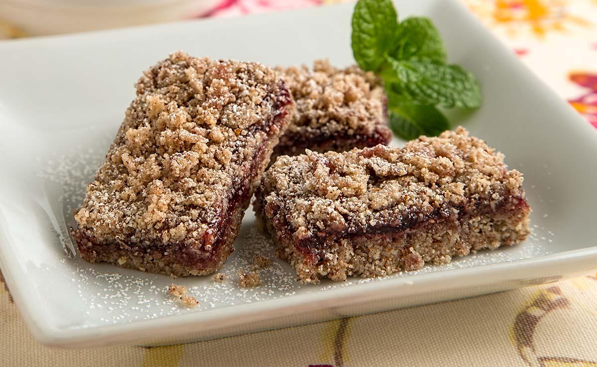 Raspberry Linzer Torte Bars